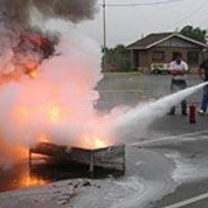 Apagando fuego