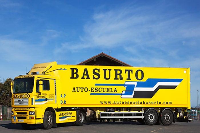 Camión de la Autoescuela Basurto