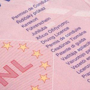 permisos de conducir válidos en España