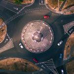 10 maneras de circular correctamente en una rotonda