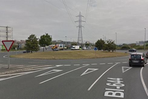 Examen de conducir práctico en la rotonda de Megapark